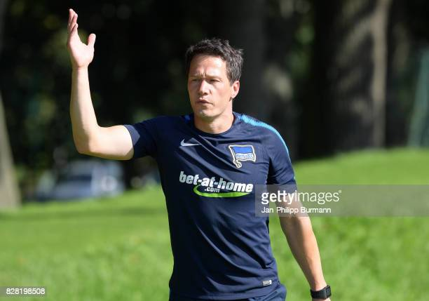 Fitnesstrainer Henrik Kuchno of Hertha BSC gives instructions during the training on august 9 2017 in Berlin Germany