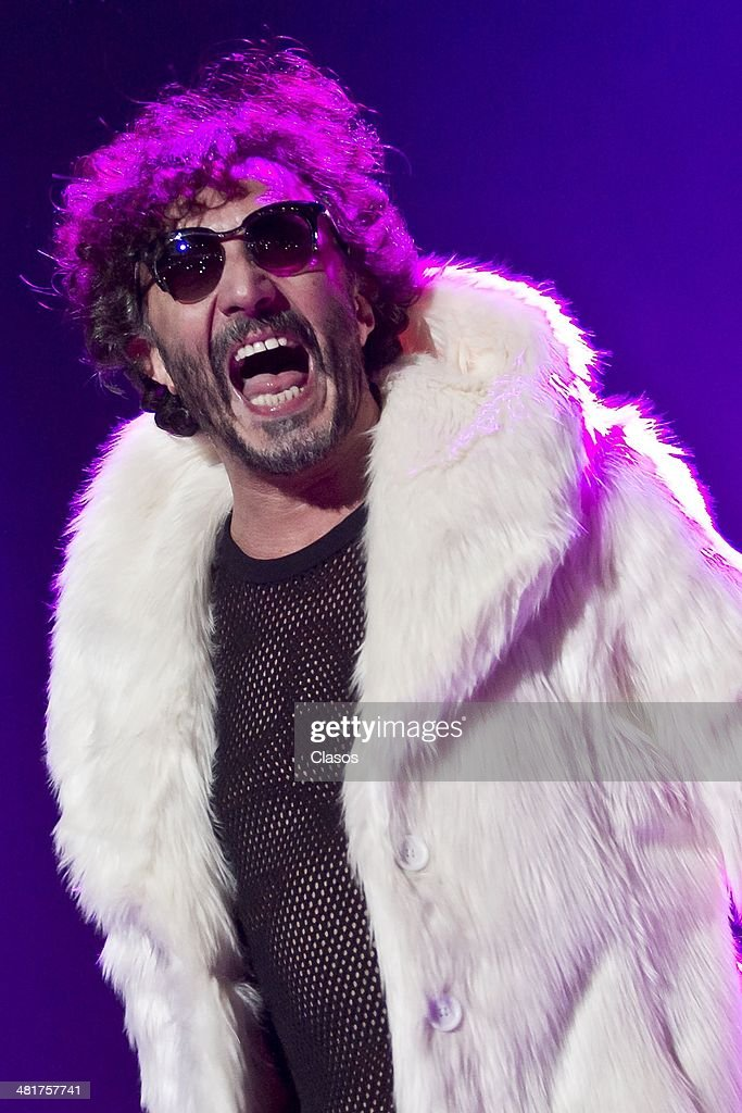 Fito Paez performs during Day Four of the Vive Latino Festival 2014 at Foro Sol on March 30, 2014 in Mexico City, Mexico.