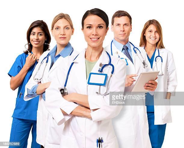 Cinq professionnels de santé avec stethoscopes