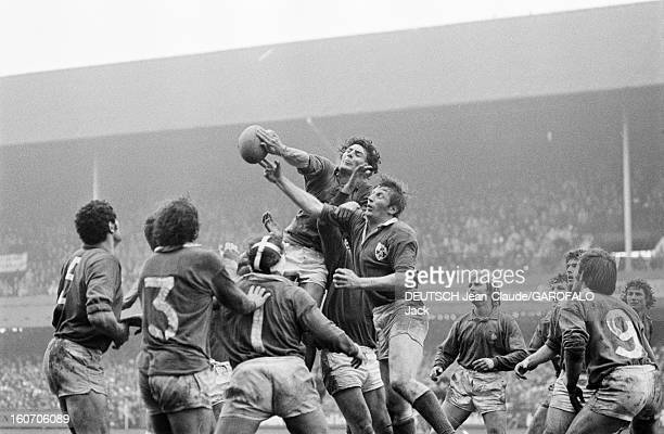 Five Nations Tournament 1975 Irelandfrance Irlande février 1975 Dublin à Lansdowne Road lors d'un match l'équipe irlandaise de rugby à XV contre les...