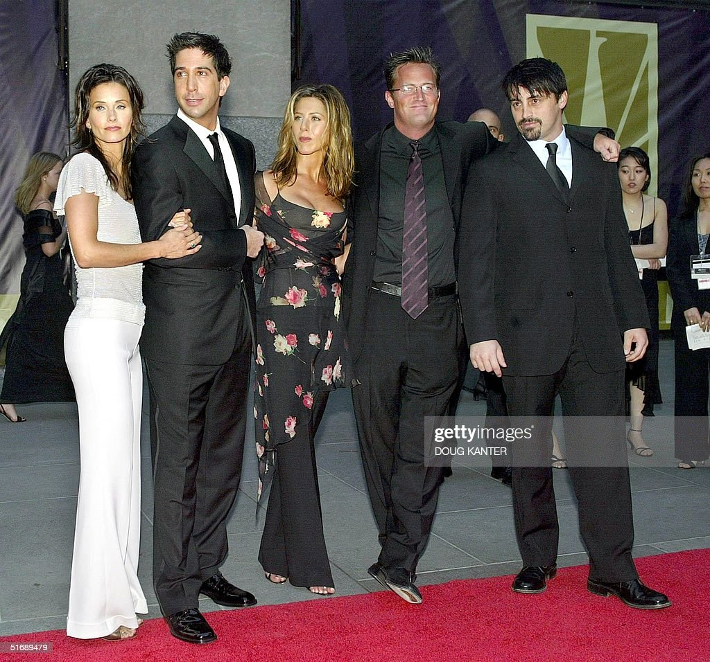 Five of the six cast members of the show 'Friends' arrive at the NBC 75th Anniversary Special at Rockefeller Center in New York 05 May 2002 The cast...