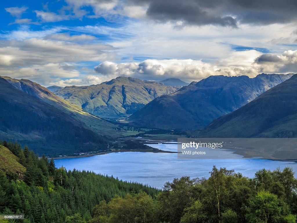 Five Sisters of Kintail from Mam Ratagan : Foto de stock