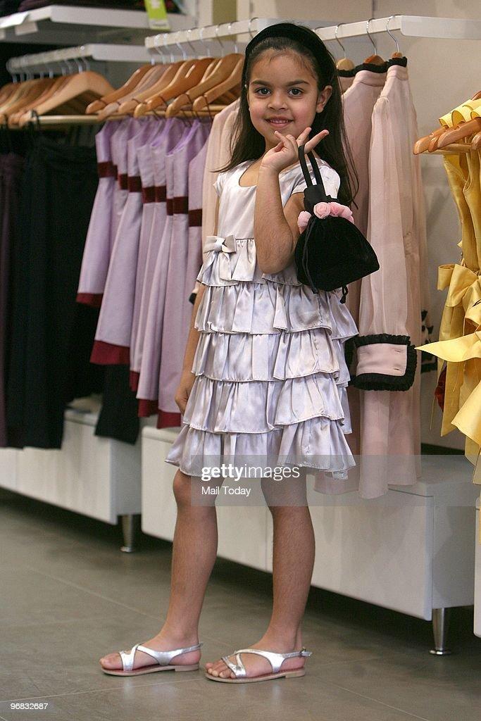 Long dress zara indonesia ministry woman dress magazine long dress zara indonesia ministry stopboris Choice Image