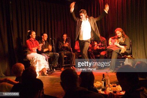Flamenco show in casa patas stock photo getty images - Casa patas flamenco ...