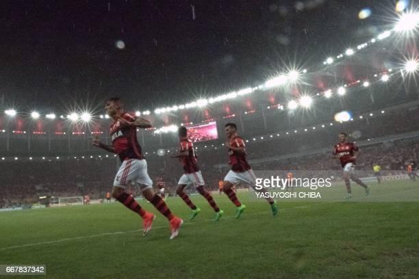 Flamengo's Guerrero celebrates upon scoring against Atletico Paranaense during their 2017 Copa Libertadores football match at Maracana stadium in Rio...