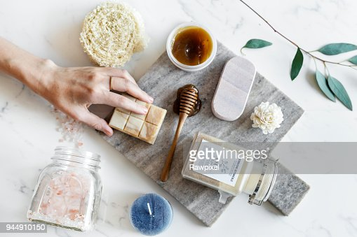 Flat lay of spa treatment set : Stock Photo
