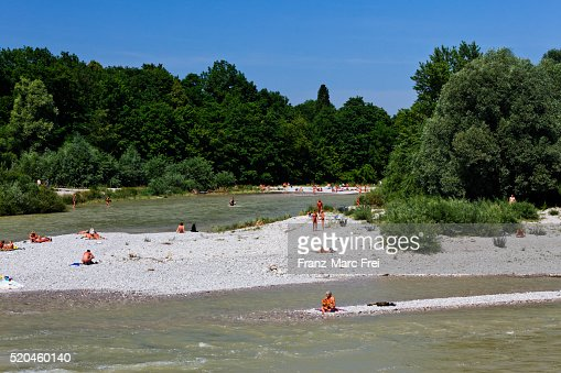 Flaucher nudist beach on River Isar, Munich