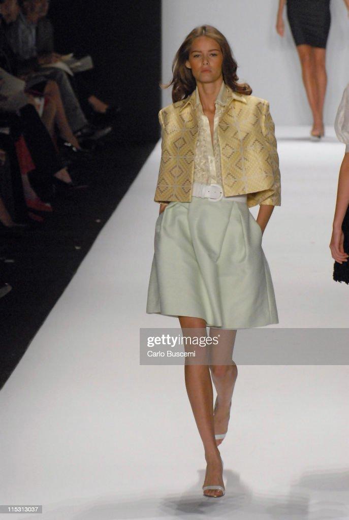Olympus Fashion Week Spring 2007 - Bill Blass - Runway