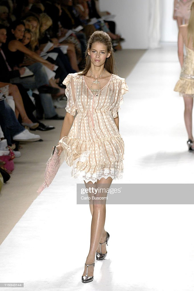 Flavia Oliveira wearing Tracy Reese Spring 2006 during Olympus Fashion Week Spring 2006 - Tracy Reese - Runway at Bryant Park in New York City, New York, United States.