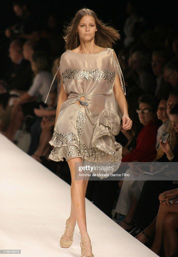 Milan Fashion Week Spring/Summer 2007 - Trends Les Copains - Runway