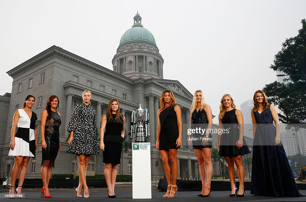 <a gi-track='captionPersonalityLinkClicked' href=/galleries/search?phrase=Flavia+Pennetta&family=editorial&specificpeople=220518 ng-click='$event.stopPropagation()'>Flavia Pennetta</a> of Italy, <a gi-track='captionPersonalityLinkClicked' href=/galleries/search?phrase=Agnieszka+Radwanska&family=editorial&specificpeople=579516 ng-click='$event.stopPropagation()'>Agnieszka Radwanska</a> of Poland, <a gi-track='captionPersonalityLinkClicked' href=/galleries/search?phrase=Maria+Sharapova&family=editorial&specificpeople=157600 ng-click='$event.stopPropagation()'>Maria Sharapova</a> of Russia, <a gi-track='captionPersonalityLinkClicked' href=/galleries/search?phrase=Simona+Halep&family=editorial&specificpeople=4835837 ng-click='$event.stopPropagation()'>Simona Halep</a> of Romania, Garbine Muguruza of Spain, Petra Kvitova of Czech Republic, <a gi-track='captionPersonalityLinkClicked' href=/galleries/search?phrase=Angelique+Kerber&family=editorial&specificpeople=4307332 ng-click='$event.stopPropagation()'>Angelique Kerber</a> of Germany and Lucie Safarova of Czech Republic pose for the official photo of the BNP Paribas WTA Finals at the National Gallery on October 23, 2015 in Singapore.