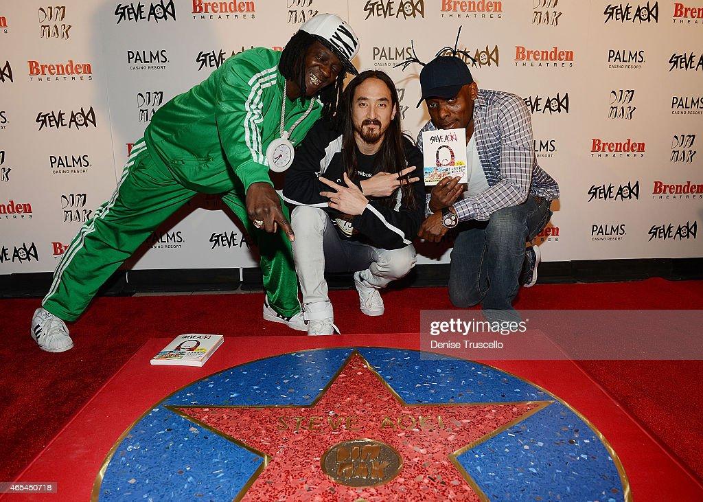 Flavor Flav, Steve Aoki and Coolio during produce/DJ Steve Aoki's Brenden 'Celebrity' Star presentation at Palms Casino Resort on March 6, 2015 in Las Vegas, Nevada.