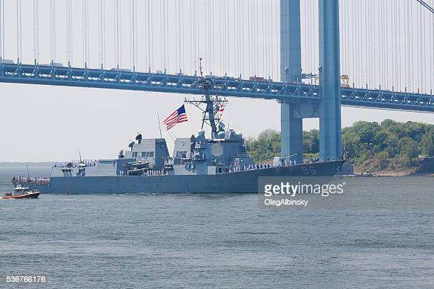 NYC Fleet Week 2016, destroyer USS Bainbridge (DDG 96).