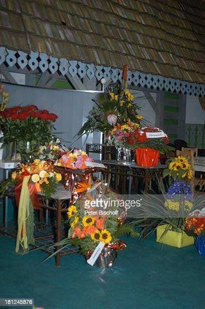 FleuropBlumensträuße ARDMusikShow 'Musikantenstadl' Bremen 'Stadthalle' Backstage Blumen Promis Prominenter Prominente