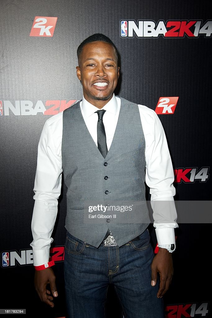 <a gi-track='captionPersonalityLinkClicked' href=/galleries/search?phrase=Flex+Alexander&family=editorial&specificpeople=3363238 ng-click='$event.stopPropagation()'>Flex Alexander</a> attends the NBA2K14 premiere at Greystone Manor Supperclub on September 24, 2013 in West Hollywood, California.