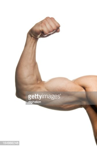Hombre biceps Flexed