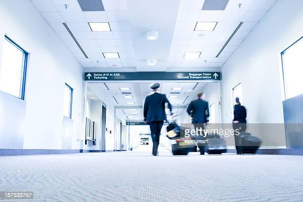 La tripulación de vuelo a través de Raleigh (RDU) aeropuerto