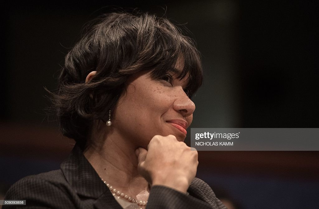 Flint mayor Karen Weaver (L) attends a House Democratic Steering and Policy Committee hearing on the Flint, Michigan, water crisis on Capitol Hill in Washington, DC, on February 10, 2016. / AFP / NICHOLAS KAMM
