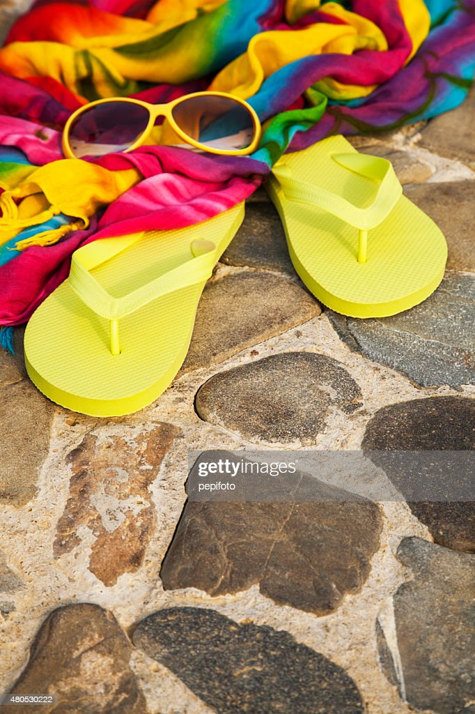 flip flops, sunglasses and dress : Stockfoto