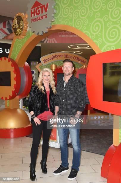 'Flip or Flop Vegas' Stars Aubrey and Bristol Marunde visit HGTV Santa HQ at Los Cerritos Centeron December 1 2017 in Los Angeles California