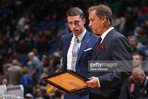 Flip Saunders and Ryan Saunders of the Minnesota Timberwolves draw up plays during the game against the Chicago Bulls on November 1 2014 at Target...