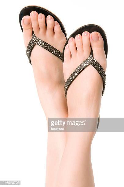 Tongs et des pieds