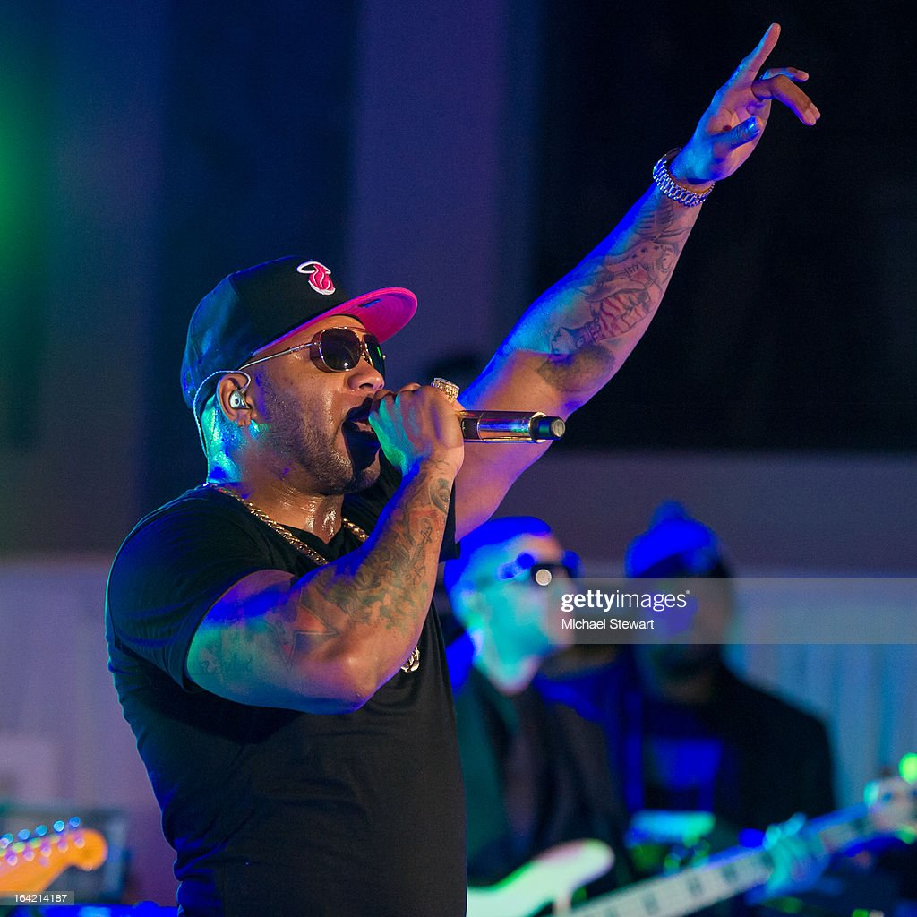 Flo Rida attends The Samsung Spring 2013 Launch at the Museum Of American Finance on March 20, 2013 in New York City.