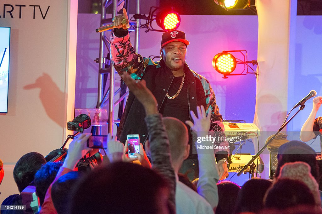 <a gi-track='captionPersonalityLinkClicked' href=/galleries/search?phrase=Flo+Rida&family=editorial&specificpeople=4456012 ng-click='$event.stopPropagation()'>Flo Rida</a> attends The Samsung Spring 2013 Launch at the Museum Of American Finance on March 20, 2013 in New York City.
