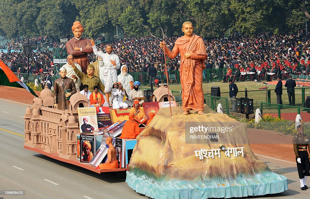A float representing the Indian state of West Bengal is displayed during a dress rehearsal for the Indian Republic Day parade in New Delhi on January 23, 2013. India will celebrate the 64th Republic Day on January 26 with a large military parade. AFP PHOTO/ RAVEENDRAN