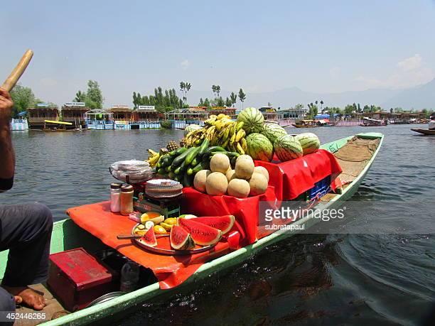 Floating bazaar