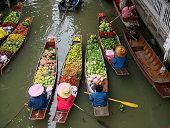 Floating Market in Bangkok 3