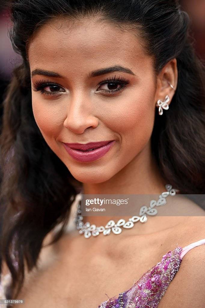 <a gi-track='captionPersonalityLinkClicked' href=/galleries/search?phrase=Flora+Coquerel&family=editorial&specificpeople=11782455 ng-click='$event.stopPropagation()'>Flora Coquerel</a> attends 'The BFG (Le Bon Gros Geant - Le BGG)' premiere during the 69th annual Cannes Film Festival at the Palais des Festivals on May 14, 2016 in Cannes, France.