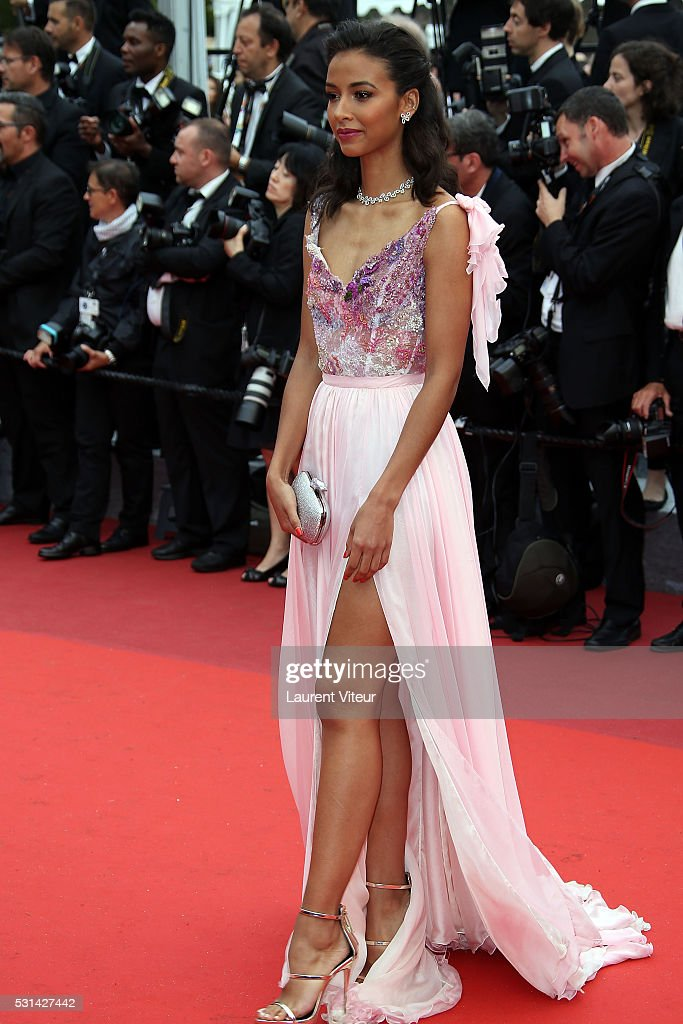 <a gi-track='captionPersonalityLinkClicked' href=/galleries/search?phrase=Flora+Coquerel&family=editorial&specificpeople=11782455 ng-click='$event.stopPropagation()'>Flora Coquerel</a> attends 'The BFG (Le Bon Gros Geant - Le BGG)' premiere during the 69th annual Cannes Film Festival at the Palais des Festivals on May 14, 2016 in Cannes, .