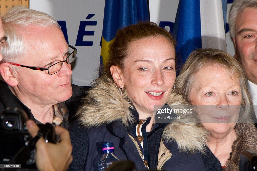 Florence Cassez and her parents Bernard and Charlotte attend a Press conference following her release from prison in Mexico at CharlesdeGaulle...