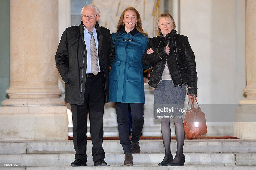 <a gi-track='captionPersonalityLinkClicked' href=/galleries/search?phrase=Florence+Cassez&family=editorial&specificpeople=567195 ng-click='$event.stopPropagation()'>Florence Cassez</a> (C) and her parents leave the Elysee Palace on January 25, 2013 in Paris, France. A Supreme Court in Mexico voted to free <a gi-track='captionPersonalityLinkClicked' href=/galleries/search?phrase=Florence+Cassez&family=editorial&specificpeople=567195 ng-click='$event.stopPropagation()'>Florence Cassez</a>, 38, from France who was serving out a 60-year sentence for kidnapping. The decision was made after it was decided her rights were violated by a television broadcast of a staged raid on the kidnappers by the police when in fact the alleged kidnappers, including Cassez, were arrested the previous day on a highway.