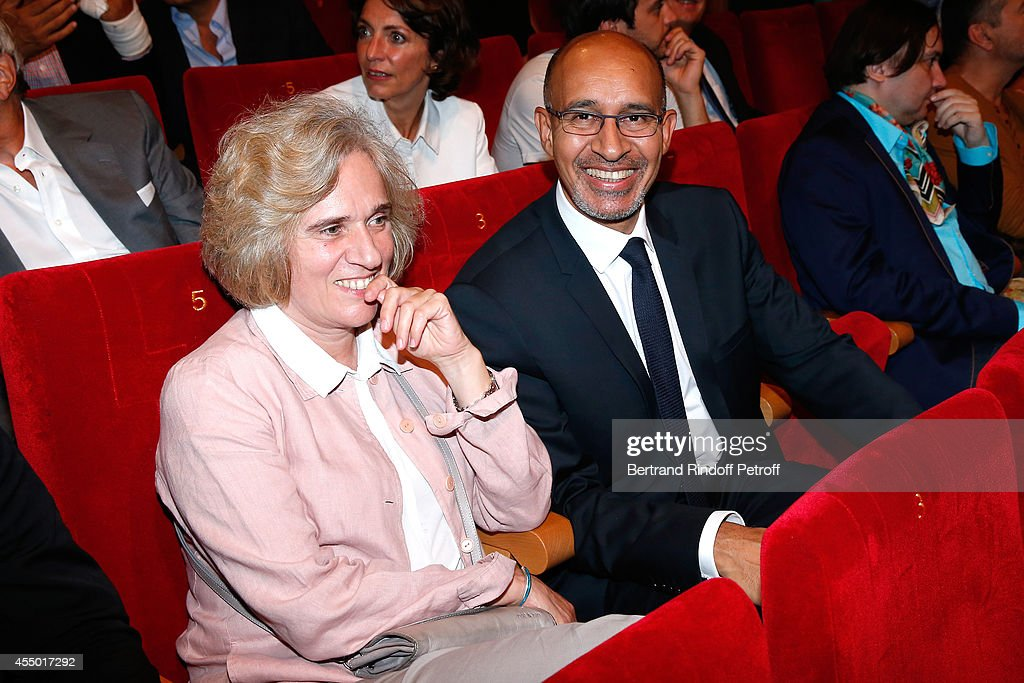 Florence de Chalonge and Secretary of State for European Affairs Harlem Desir attend the 'Breves de Comptoir' : movie premiere at Theatre du Rond Point on September 8, 2014 in Paris, France.