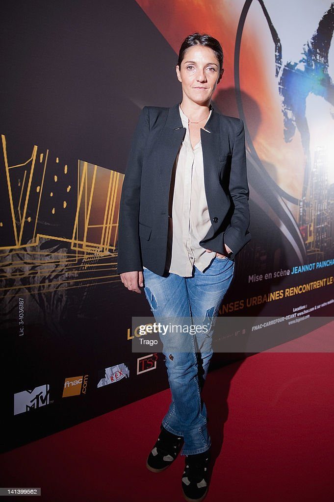 <a gi-track='captionPersonalityLinkClicked' href=/galleries/search?phrase=Florence+Foresti&family=editorial&specificpeople=4946831 ng-click='$event.stopPropagation()'>Florence Foresti</a> attends 'Le Cirque Eloize' VIP premiere at Le Grand Rex on March 15, 2012 in Paris, France.