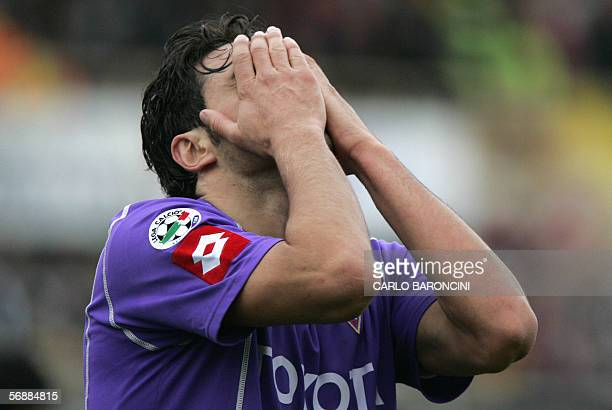 Fiorentina's forward Luca Toni reacts during their Italian serie A football match against Lazio at Artemio Franchi stadium in Firenze 19 February...