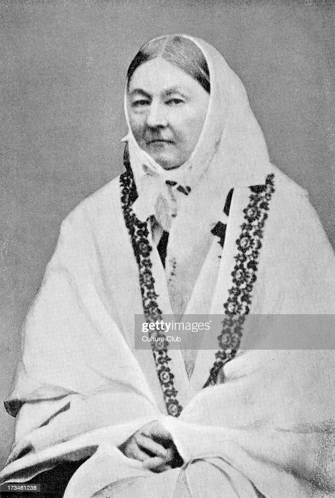 a biography of florence nightingale a social reformer statistician and the founder of modern nursing Florence nightingale, om, rrc (/ˈflɒrəns ˈnaɪtɨŋɡeɪl/ 12 may 1820 - 13 august 1910) was a celebrated english social reformer and statistician, and the founder of modern nursing.