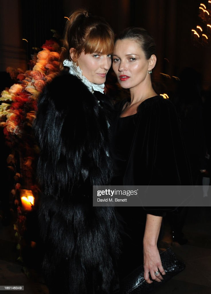 <a gi-track='captionPersonalityLinkClicked' href=/galleries/search?phrase=Florence+Welch&family=editorial&specificpeople=5431574 ng-click='$event.stopPropagation()'>Florence Welch</a> and <a gi-track='captionPersonalityLinkClicked' href=/galleries/search?phrase=Kate+Moss&family=editorial&specificpeople=201830 ng-click='$event.stopPropagation()'>Kate Moss</a> attends the Alexander McQueen and Frieze Dinner to celebrate the Frieze Art Fair 2013 on October 17, 2013 in London, England.