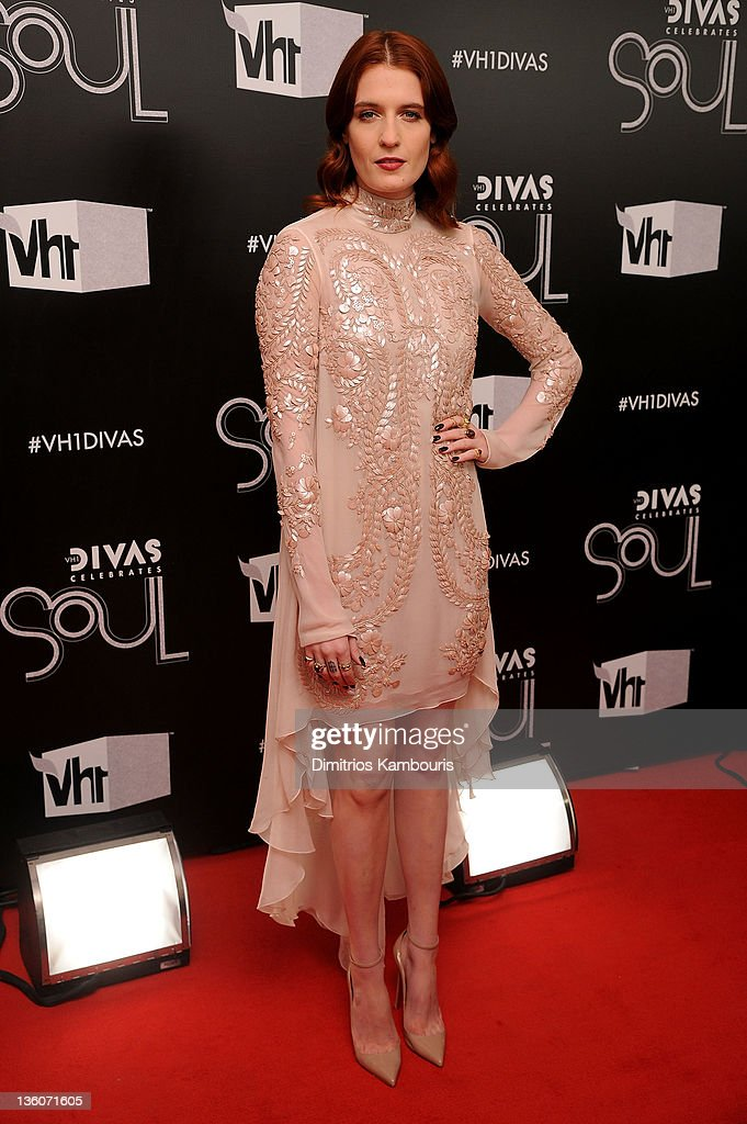 <a gi-track='captionPersonalityLinkClicked' href=/galleries/search?phrase=Florence+Welch&family=editorial&specificpeople=5431574 ng-click='$event.stopPropagation()'>Florence Welch</a> attends VH1 Divas Celebrates Soul at Hammerstein Ballroom on December 18, 2011 in New York City.