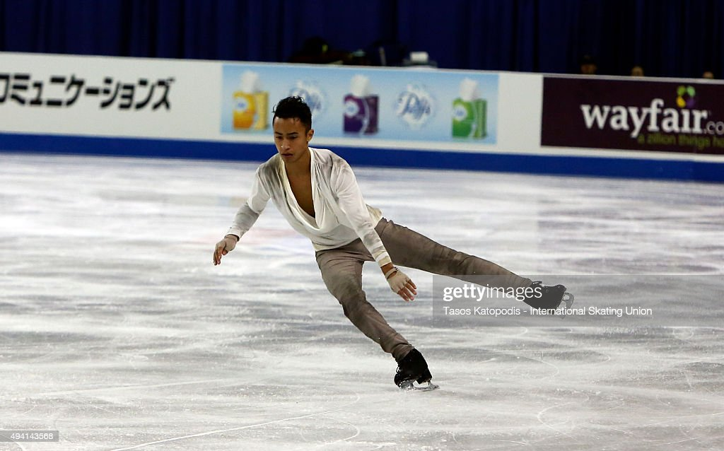 <a gi-track='captionPersonalityLinkClicked' href=/galleries/search?phrase=Florent+Amodio&family=editorial&specificpeople=5639715 ng-click='$event.stopPropagation()'>Florent Amodio</a> of France performs in the mens free skate in October 24, 2015 in Milwaukee, Wisconsin.