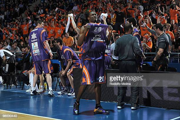 Florent Pietrus #20 of Power Electronics Valencia celebrates at the end of the Alba Berlin vs Power Electronics Valencia Final Game at Fernando Buesa...