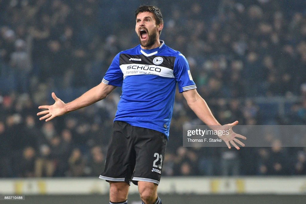 Florian Dick of Bielefeld celebrates scoring his teams second goal during the Second Bundesliga match between DSC Arminia Bielefeld and FC St. Pauli at Schueco Arena on December 1, 2017 in Bielefeld, Germany.
