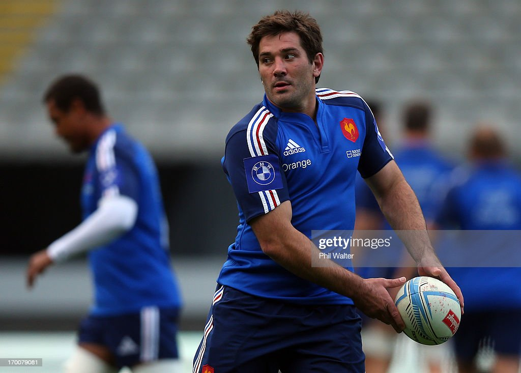 <a gi-track='captionPersonalityLinkClicked' href=/galleries/search?phrase=Florian+Fritz&family=editorial&specificpeople=540919 ng-click='$event.stopPropagation()'>Florian Fritz</a> of France passes the ball during the France captain's run at Eden Park on June 7, 2013 in Auckland, New Zealand.