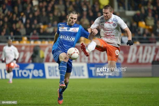 Florian JARJAT / Anthony MOUNIER Troyes / Montpellier 11e journee de Ligue 1 Photo Dave Winter / Icon Sport