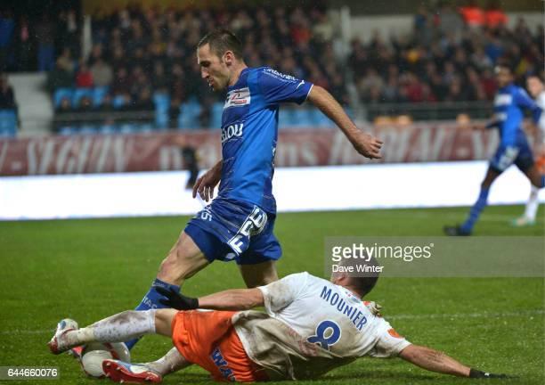 Florian JARJAT / Anthony MOUNIER Troyes / Montpellier 11eme journee de Ligue 1 Photo Dave Winter / Icon Sport