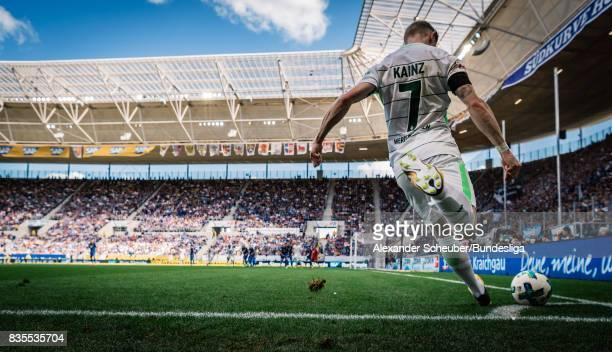 Florian Kainz of Bremen hits a corner during the Bundesliga match between TSG 1899 Hoffenheim and SV Werder Bremen at Wirsol RheinNeckarArena on...