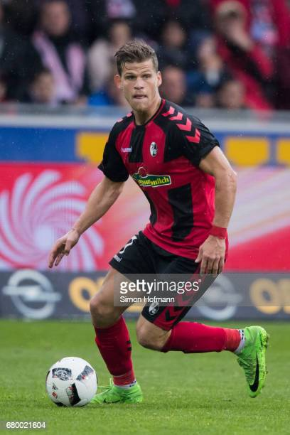Florian Niederlechner of Freiburg controls the ball during the Bundesliga match between SC Freiburg and FC Schalke 04 at SchwarzwaldStadion on May 7...