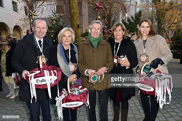 Florian Randlkofer Fuerstin Inge WredeLanz Prinz Leopold von Bayern Prinzessin Ursula von Bayern and Sunny Randlkofer during the 21th BMW advent...